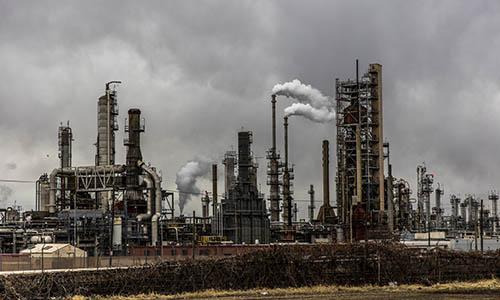 Algunas consideraciones sobre la refinación, industrialización y mejoramiento de hidrocarburos